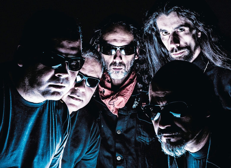 http://www.thrash.su/images/duk/CHAKAL-band.jpg